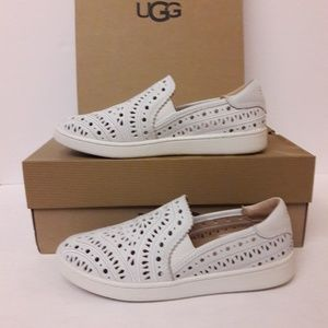 New UGG Leather Loafers Size 6.5